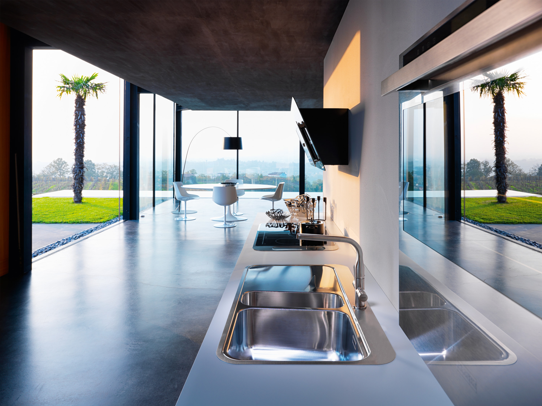 kitchen sink | Rachel Ogden Journalist