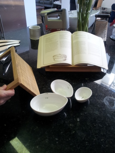 Smart recipe book stand that then folds up like a book