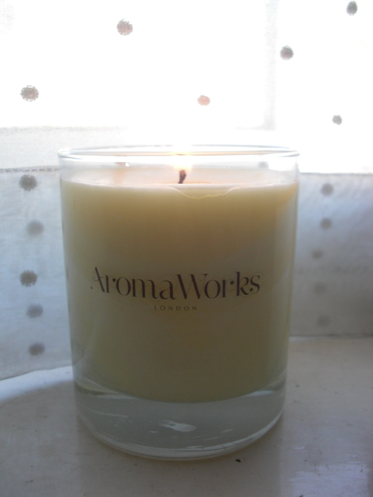 AromaWorks Serenity candle